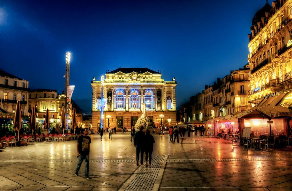 Visiter la place de la com die de montpellier horaires - Piscine place de l europe montpellier ...